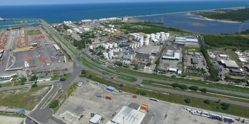 Pernambuco encerrou o ano de 2020 com vendas estabilizadas para o mercado externo e quedas consideráveis da importação de produtos