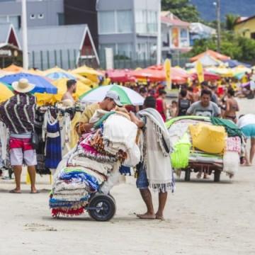 Em primeiro fim de semana após retorno, comerciantes de praia vão passar por prova de fogo