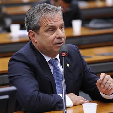 Lula agradece a deputados o apoio que recebeu para não sair de Curitiba