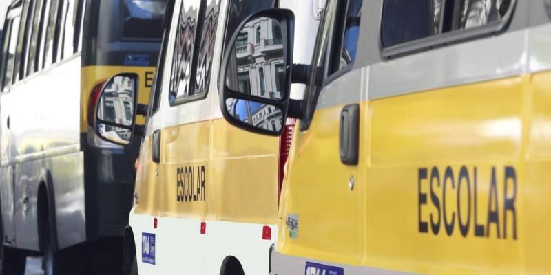 De acordo com o Detran, quase 800 veículos com placas terminadas de um a quatro já foram vistoriados