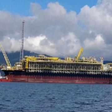 Petrobras investe R$ 400 milhões em pesquisas no litoral brasileiro
