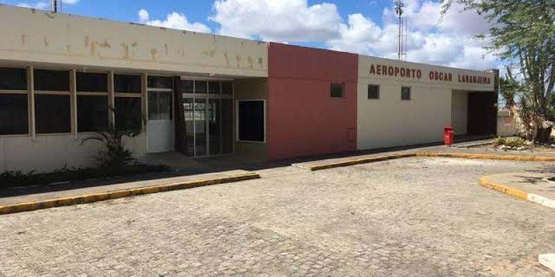Ministro do Turismo, Gilson Machado Neto, junto com uma comitiva de ministros visitaram Caruaru e o aeroporto nesta sexta-feira (18)