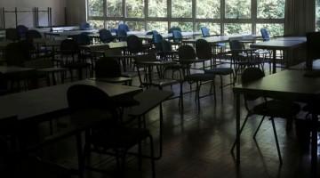 Professores são contra retorno das aulas em PE