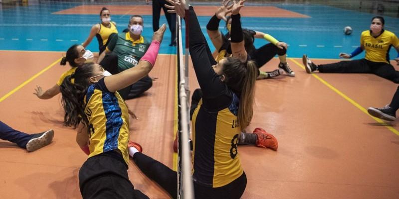 Bronze com time feminino em 2016, país busca dobradinha nesta edição