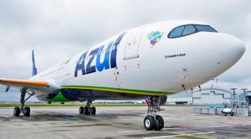 Avião da Azul deixa Recife nesta sexta (15) à noite para buscar vacinas na Índia