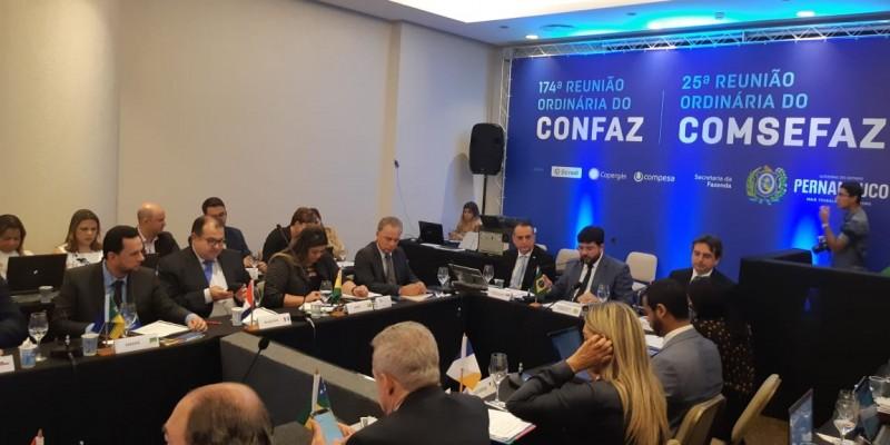 O encontro foi realizado durante todo o dia em um hotel na Zona Sul do Recife.