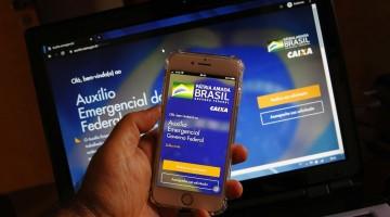 Caixa paga segunda parcela do auxílio emergencial a nascidos em maio