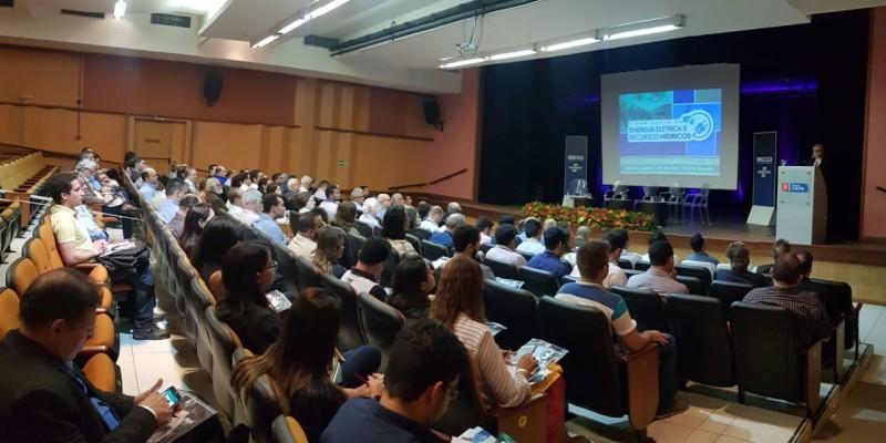 O evento organizado pela Federação das Indústrias de Pernambuco tem como objetivo debater como os desafios da gestão dos recursos hídricos e energéticos do país