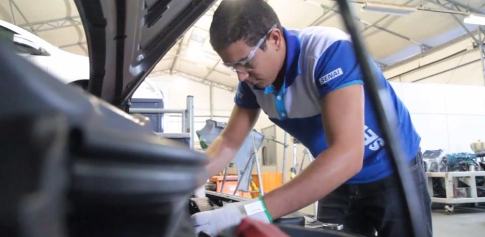 Senai oferece mais de 2 mil vagas para cursos técnicos em Pernambuco