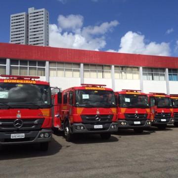 Viaturas e equipamentos são entregues no Corpo de Bombeiros