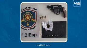 Homem é detido com arma de fogo e droga em Caruaru