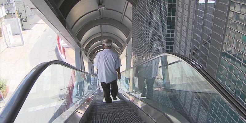 A adoção prevê a recuperação do equipamento e dos elevadores, além da ocupação do espaço antes pertencente às escadas rolantes