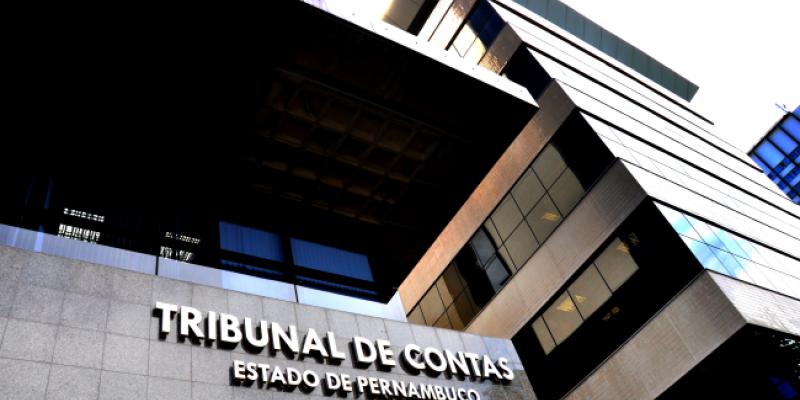 Segundo o Tribunal de Contas do Estado o descumprimento da Resolução nº 114 pode acarretar penalidades administrativas