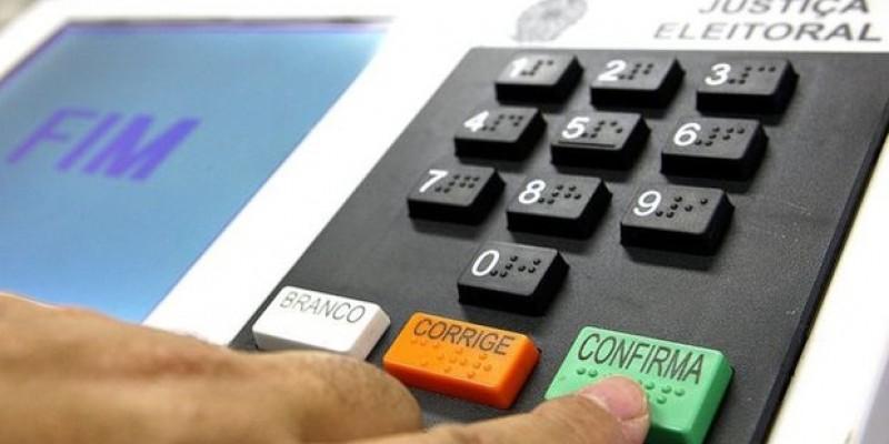 Em parceria com a CBN o Instituto Simplex Consultoria ouviu 500 eleitores sobre o pleito deste ano, na capital pernambucana