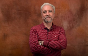 Entrevista |  João Cabral de Ponta a Ponta, por Antônio Carlos Secchin