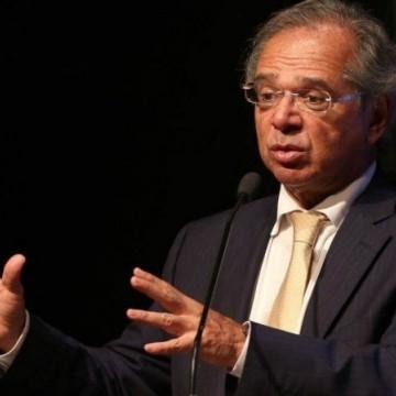 PIB andou de lado, diz Guedes que prevê crescimento de até 5,4% em 2021