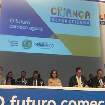 PE realiza primeiro seminário do Programa Criança Alfabetizada