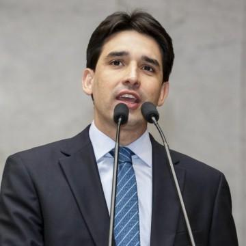 Silvio Costa Filho defende novo pacto federativo durante encontro com prefeitos do Brasil