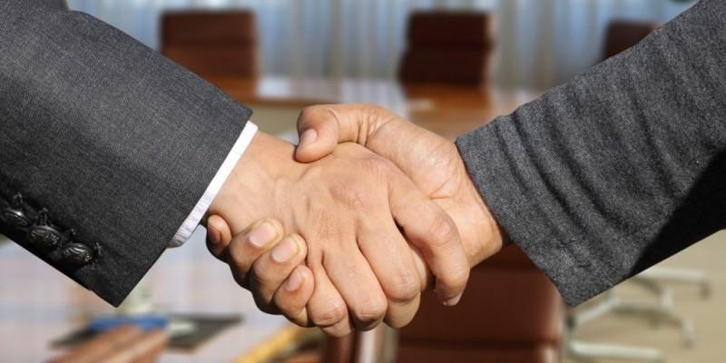 O Índice de Confiança Empresarial reúne os dados das sondagens da Indústria, Serviços, Comércio e Construção.