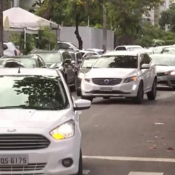 Operação volta às aulas orienta motoristas em vias do Recife