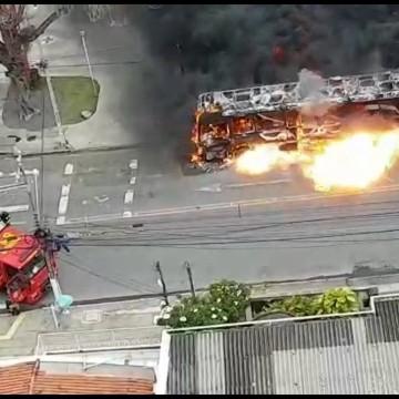 Incêndios colocam em cheque a manutenção dos ônibus no Grande Recife