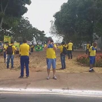 Profissionais dos Correios realizam protesto no Recife