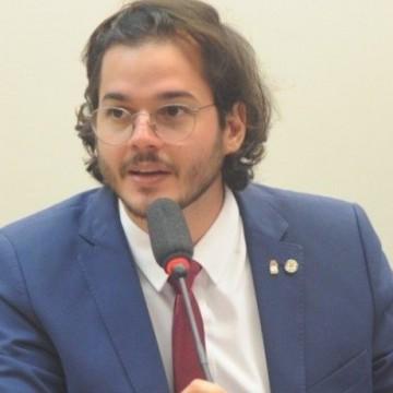 Túlio Gadêlha apresenta emendas ao Projeto de Lei de Bolsonaro