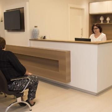 Consultórios médicos, odontológicos e veterinários poderão retomar atividades no dia 10