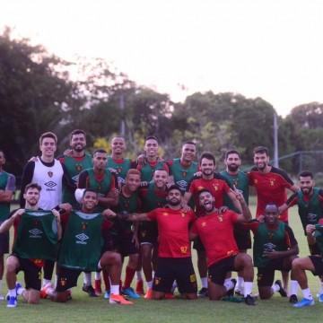 Com Ilha lotada, Sport entra em campo para confirmar acesso