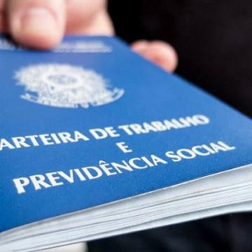 Brasil tem 12,4 milhões de pessoas desocupadas, segundo IBGE