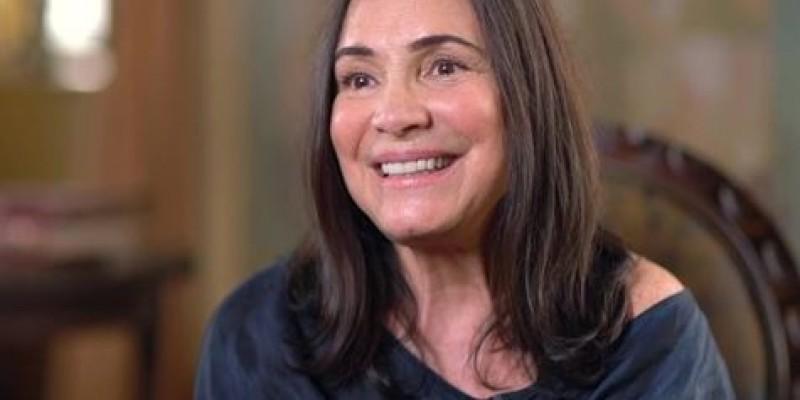 'Estamos noivando', afirmou a atriz após reunião com Bolsonaro no Rio
