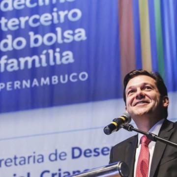 Prefeito do Recife visita obras de reforma da Ponte da Torre