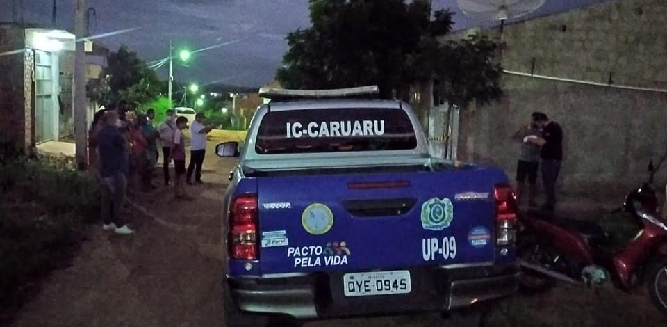 Menino de 3 anos morre após ser atingido por pilastra enquanto brincava em Caruaru