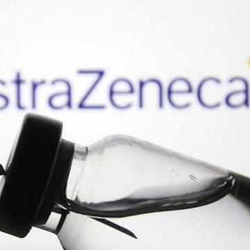 Distribuição de vacinas da AstraZeneca deve começar neste sábado