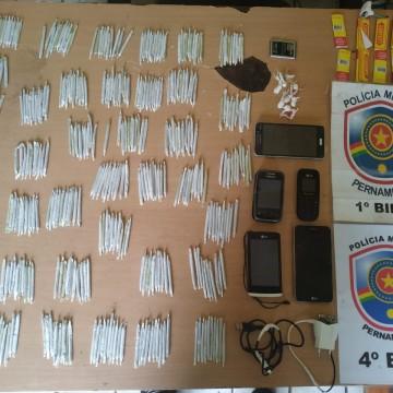 Polícia apreende drogas e celulares na cadeia de Bezerros
