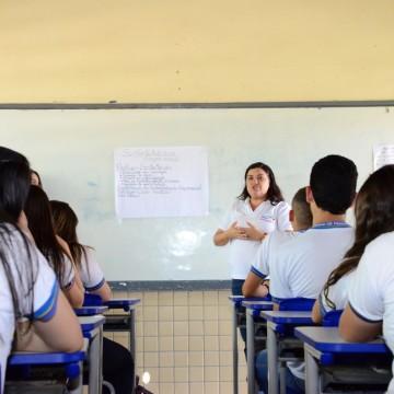 Governo de Pernambuco anuncia expansão da rede de escolas em tempo integral