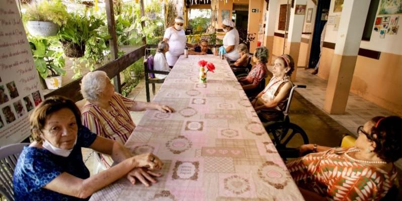 A ideia da iniciativa é auxiliar dois asilos da capital pernambucana