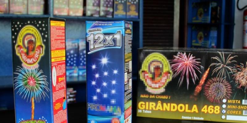 De acordo com a secretária executiva de defesa do consumidor, Ana Paula Jardim, a irregularidade mais comum são os fogos clandestinos