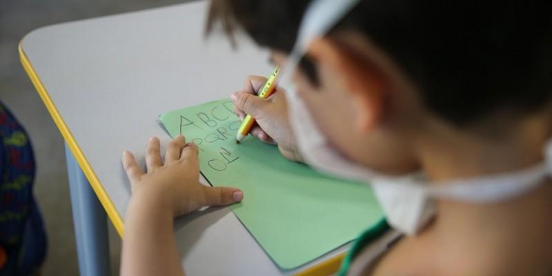 Secretário de educação comentou sobre as previsões e datas