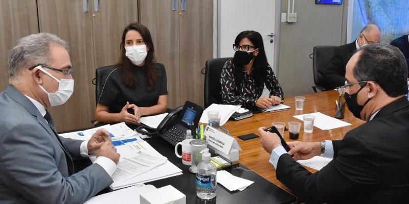 chefe do Executivo municipal voltou a se reunir com o ministro da Saúde, Marcelo Queiroga, para falar sobre os investimentos na saúde do município