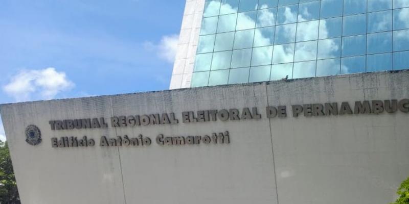 O desembargador eleitoral do TRE-PE, Delmiro Campos, afirmou que o objetivo da ação é informar e combater a divulgação de notícias falsas