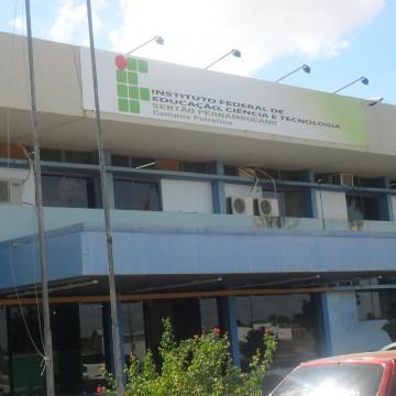 IFPE Sertão oferece vagas gratuitas para cursos técnicos