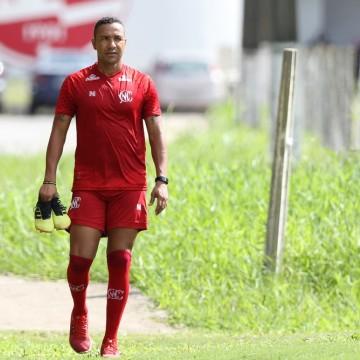 Náutico faz último treino antes de viajar para o Maranhão