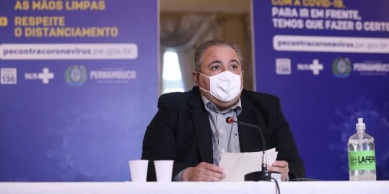 Em coletiva de imprensa, o secretário de Saúde, André Longo, afirmou que por determinação do Governador Paulo Câmara, a rede de atendimento começou a ser estruturada há alguns meses