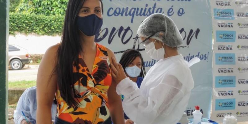 A prefeita de Jaqueira espera que toda população esteja 100% imunizada até o final deste ano