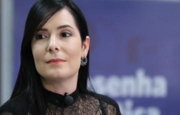 Presidente da Federação Nacional das Trabalhadoras Domésticas condena post de Patrícia Domingos