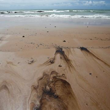 Marinha cria comissão para monitorar poluição marítima