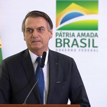 Bolsonaro sanciona com veto projeto que prorroga validade das receitas de remédios de uso contínuo