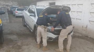 Homens são presos com armas e carro roubado na BR 104