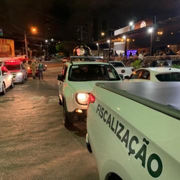 Grupo de Fiscalização Integrada Covid-19 fiscaliza em bares e restaurantes, em Caruaru